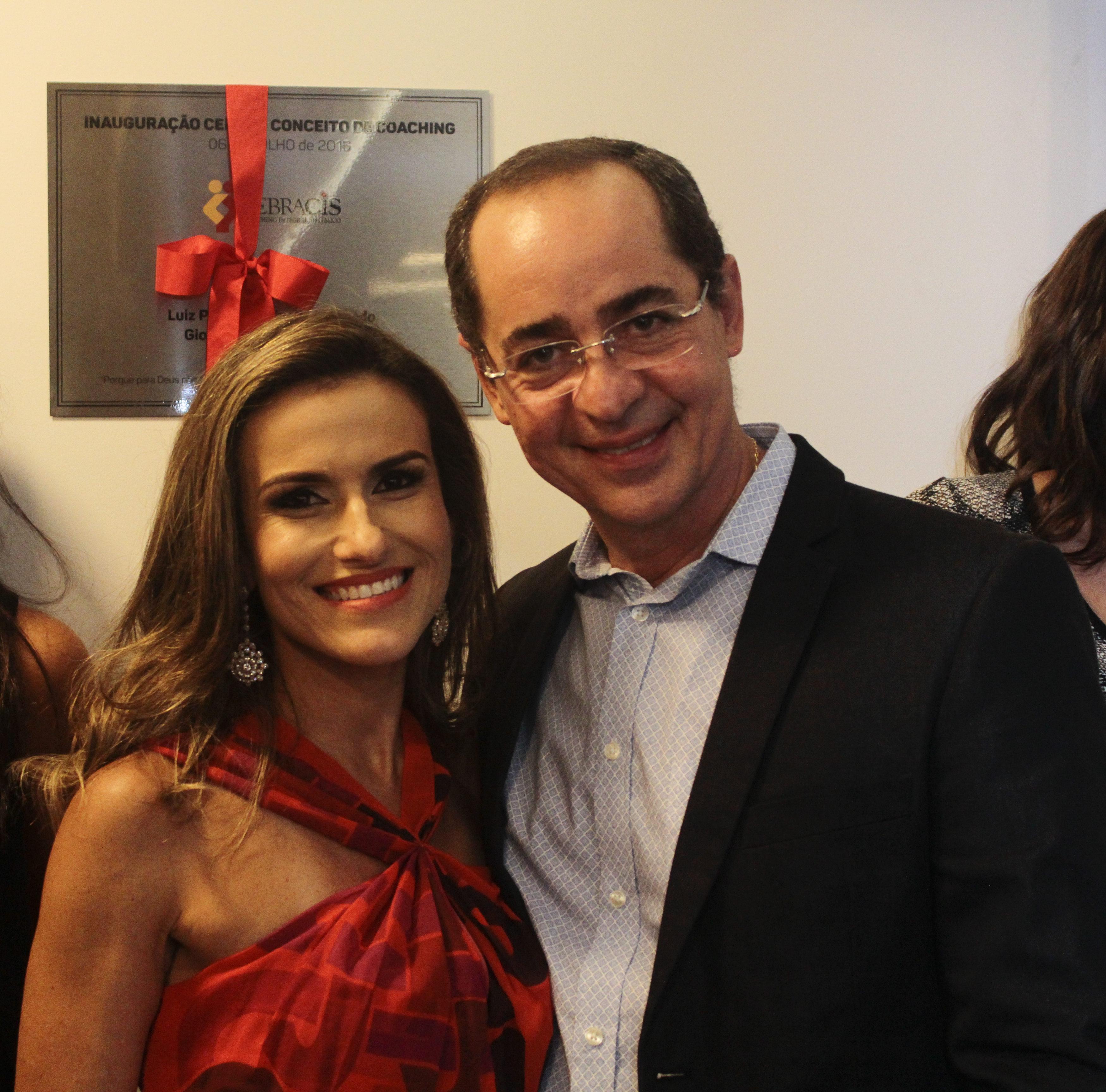 Paulo Vieira e Camila Campos Saraiva