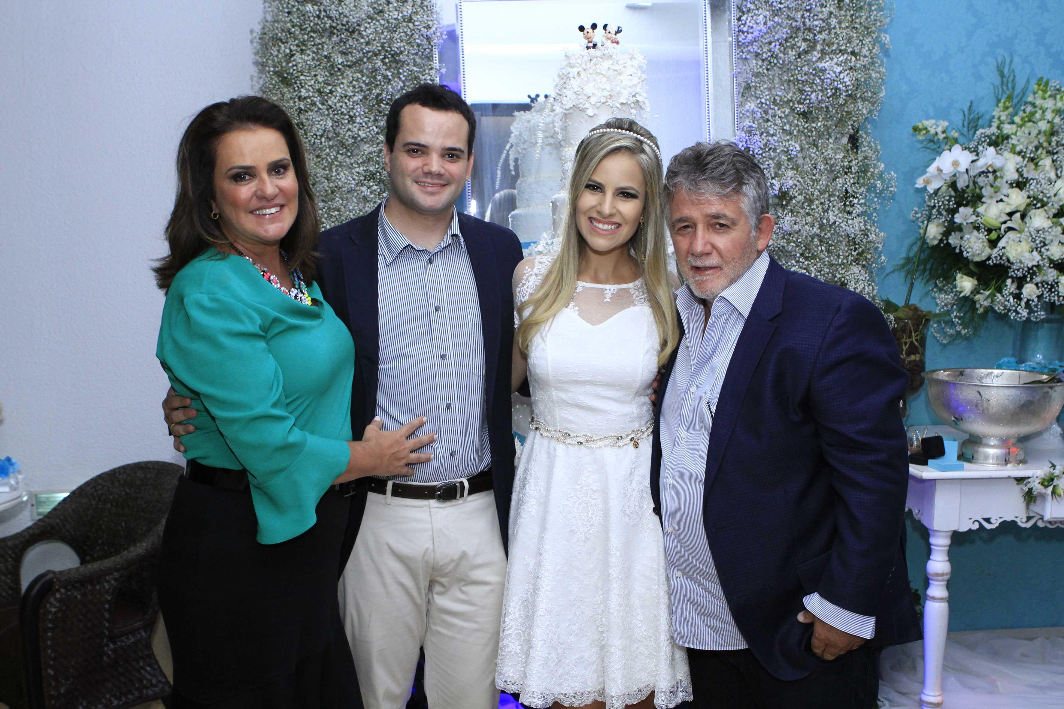 Liza Monteiro, Fabio Ferreira, Mariana Miziara e Everton Machado.