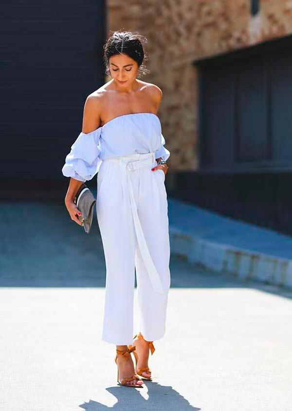 look-calca-cintura-alta-branca-blusa-ciganinha-blusa-ombro-a-ombro-azul-160926-101240
