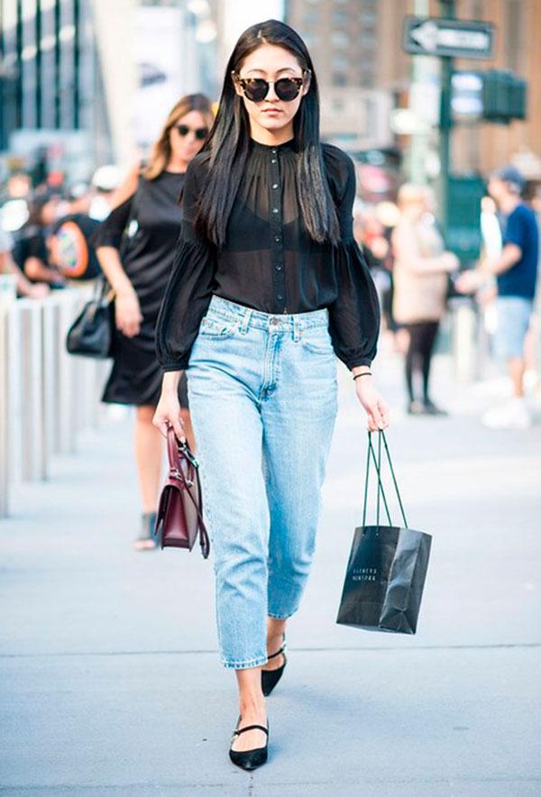 look-mom-jeans-blusa-transparencia-sapato-bico-fino-bolsa-burgundy-oculos-tartaruga-160926-014256