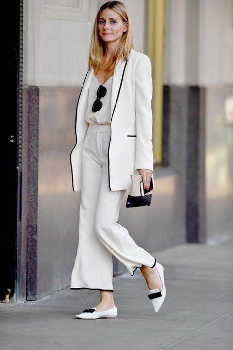 2d107ca6f Saias e vestidos longos dão um ar de refinado e ficam ótimos com tênis,  mules ou rasteiras.